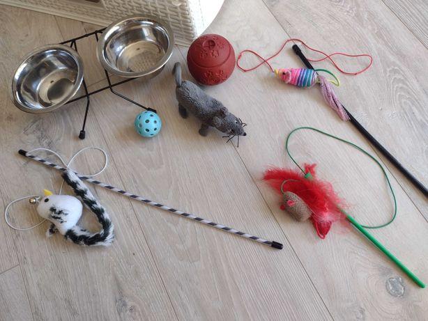 Dla kota ,Akcesoria( miski, zabawki)