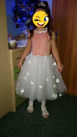 Платье на девочку 6-7 лет. Рост 125-135