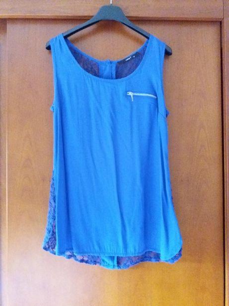 Blusa rendada cor azul escuro
