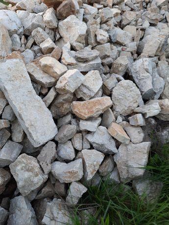 Kamień  na ogrodzenia