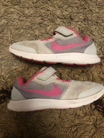 Кроссовки Nike 33 размер