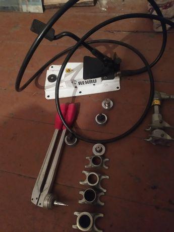 Механико- гидравлический иструмент