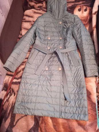 Куртка плащ весна осінь