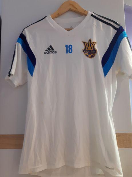 Костюм збірної України по футболу