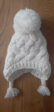 Cudna czapka zimowa Nicole Muller 0-6 msc z warkoczykami