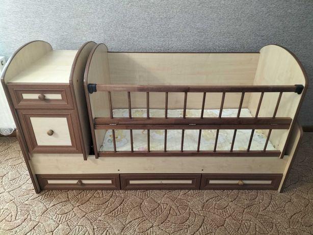 Ліжечко дитяче колиска + стілець для годування