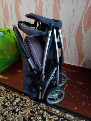 Продам летнюю прогулочную коляску carrelo Gloria