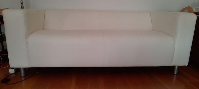 Sofá Ikea branco pele sintética