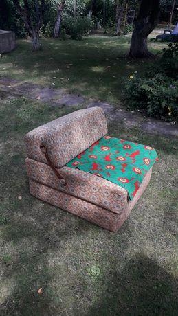 Fotel rozskładany do spania z Prl