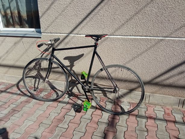 Продам велосипед фикс лол про.