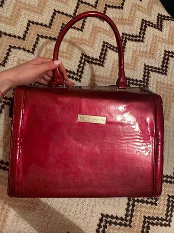 Новая вместительная сумка Виктория Бекхем