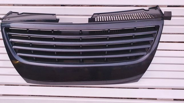 Atrapa Grill Passat b6 BLACK gril przód kratka
