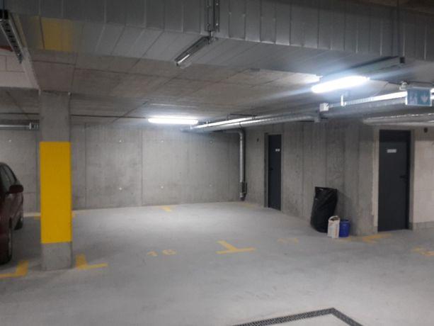 Miejsce postojowe w garażu podziemnym od zaraz -Kraków-Kobierzyńska 59