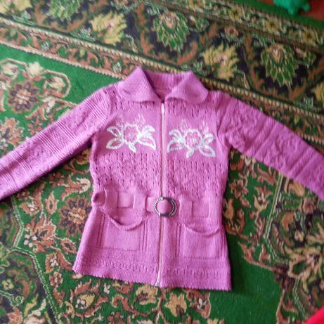 Кофта для девочки 7-9 лет