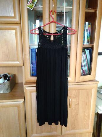 Czarna sukienka r.S/M z koronkową górą i materiałowym paskiem,luźna