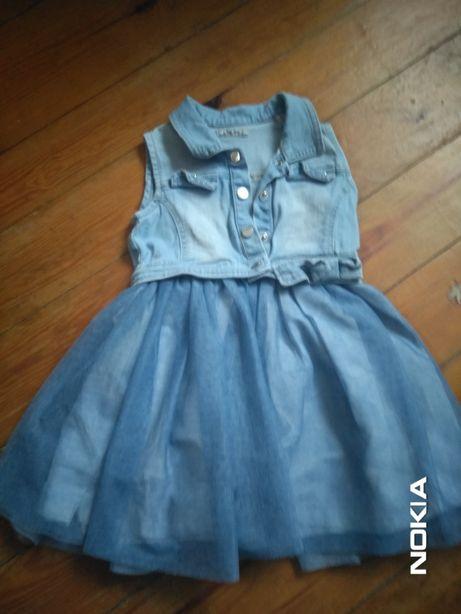 Sprzedam sukienkę dla dziewczynki 2-3 lata