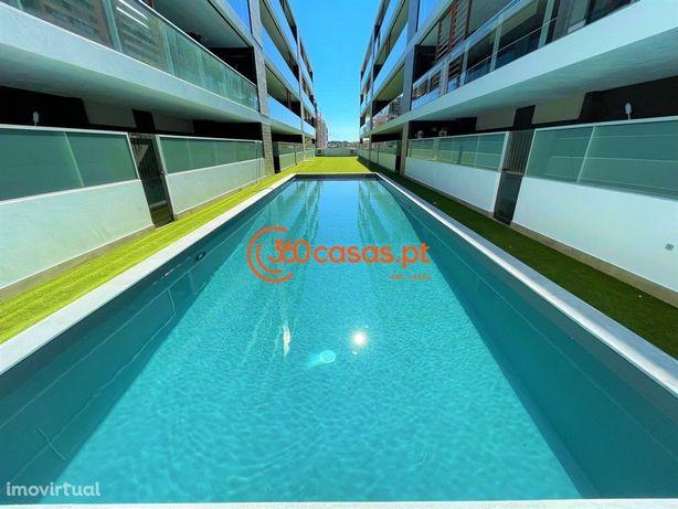 Apartamento T2 novo com piscina e estacionamento em Faro