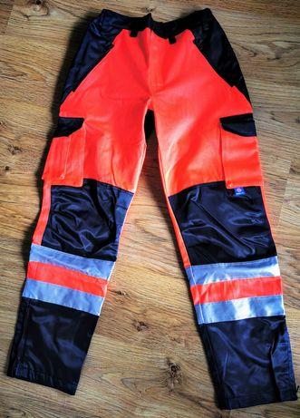 Odziez ratownika medycznego spodnie całoroczne  M