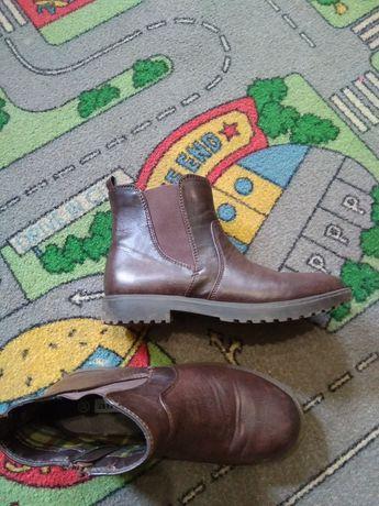 Осенние стильные ботинки34размер и Geox 35