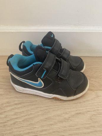 Buty sportowe, adidasy Nike r. 23,5
