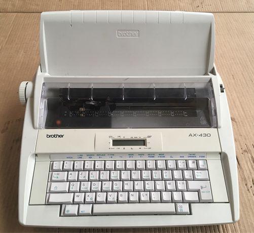 Máquina de escrever elétrica BROTHER AX-430