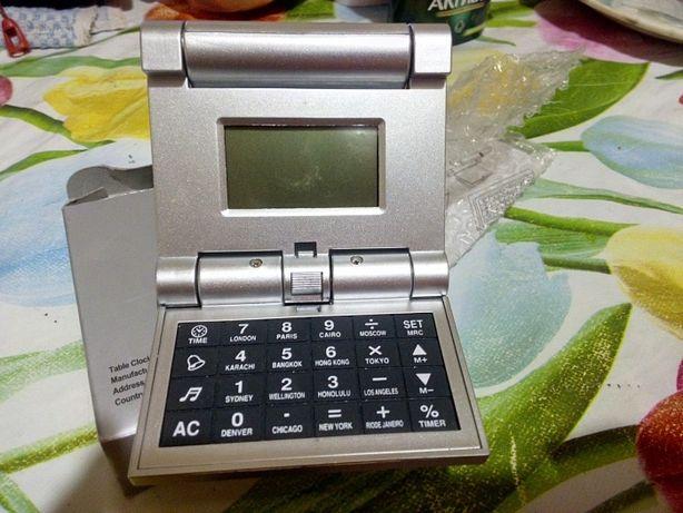 Часы настольные калькулятор