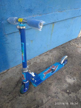 Детский самокат scooter