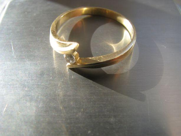 Pierścionek Złoto 585