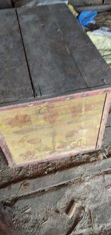 100 letnia skrzynia zabytkowa stara