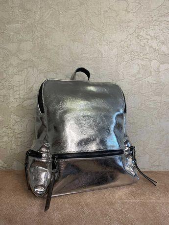 Рюкзак серебристый новый