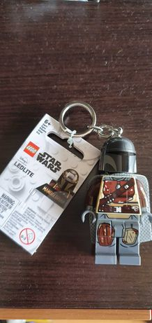 LEGO porta-chaves Mandalorian (com led)