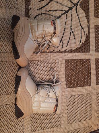 Śniegowce Demar Joy 2 rozmiar  28/29 buty zimowe