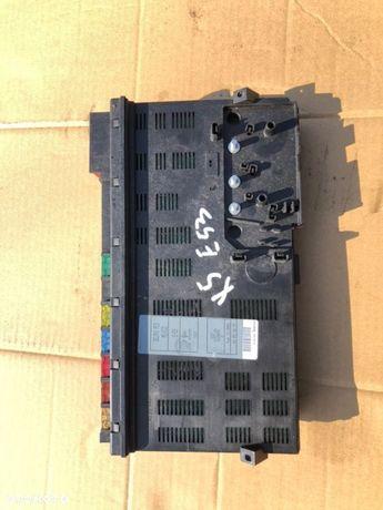 Skrzynka bezpieczników E53 X5