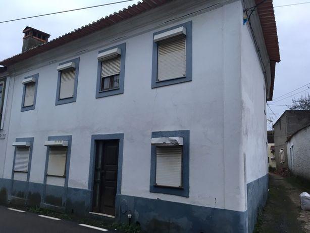 Casas de habitação vendem-se