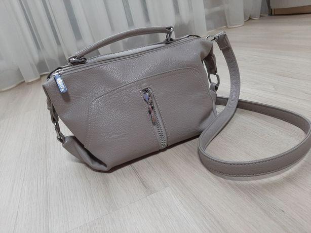 Сумка клатч сумка через плечо вместительная