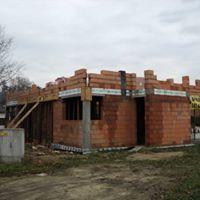 Płyty fundamentowe / murowanie ścian domów / hali