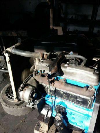 Запчасти к двигателю тоета Toyota 2J.
