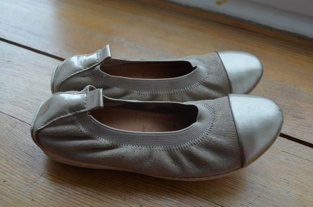 Нарядные туфли Geox 29р