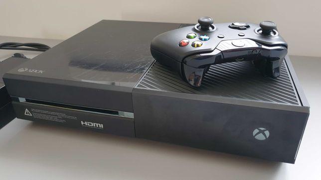 Xbox ONE 500 Gb, oryginalny pad. Stan bdb. Sprawne w 100%
