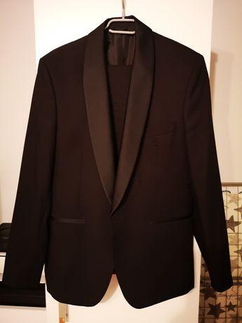 Smoking garnitur męski czarny firmy Lassar jak nowy