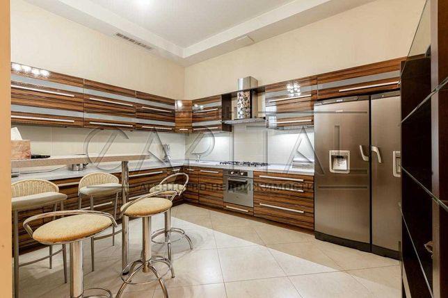 Аренда четырехкомнатной квартиры в центре Киева, ул. Льва Толстого