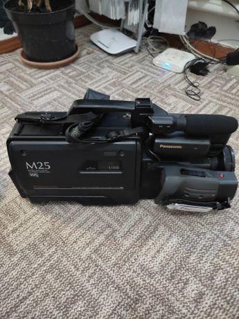 Камера Panasonic m25