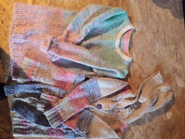 Dwa swetry dla dziewczynki