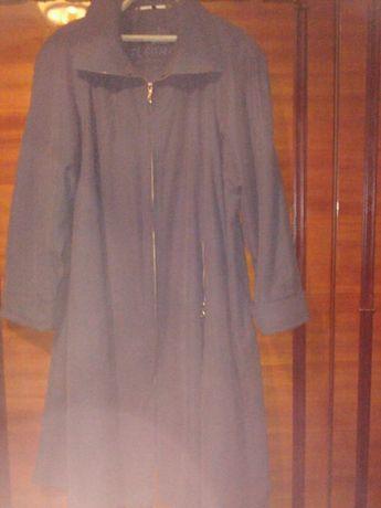 Женский демисезонный плащ (пальто)
