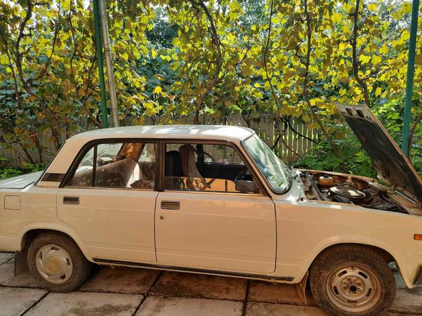 ВАЗ 2107,В ідеальному стані, 1990 року експортний варіант.