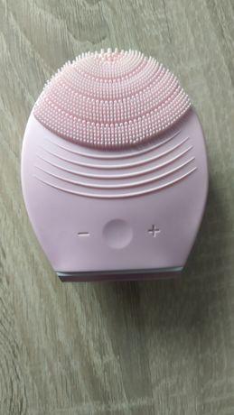 Różowa soniczna szczoteczka Oriflame