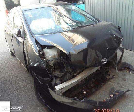 Toyota Prius Híbrido 1.5i de 2007 disponível para peças