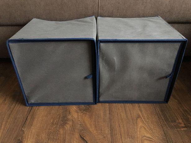 Dwa składane organizery/pudełka z drzwiczkami i półkami