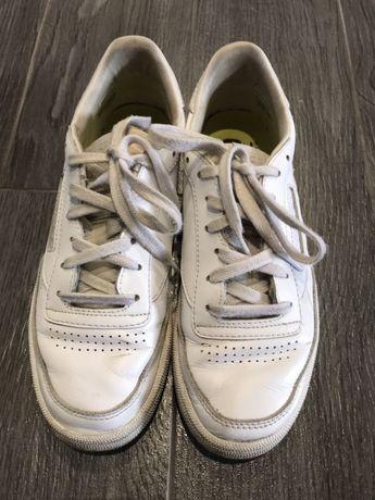 Кроссовки белые Reebok р.37,5 (UK4,5) 24см