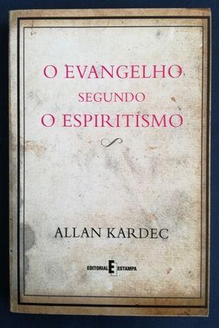 O Evangelho Segundo o Espiritismo.